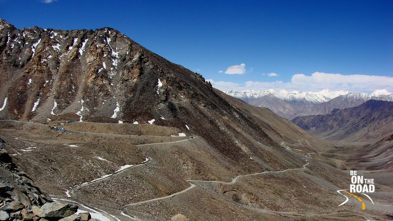 Breathtaking roads that lead to Khardungla!!!