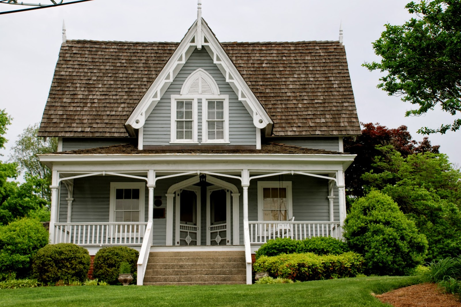 Tremendous Restoring The Roost Period Cottages Largest Home Design Picture Inspirations Pitcheantrous