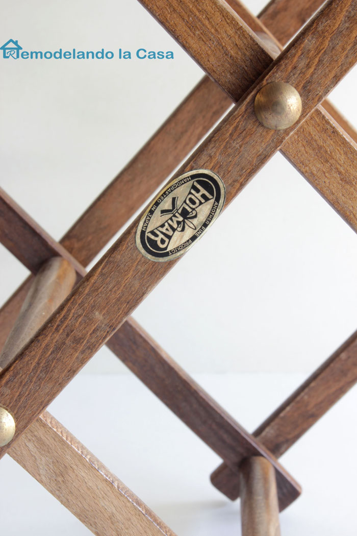 Holar handcrafted in Japan accordion wine rack