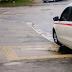 Estacionar o veículo na rampa de acesso para cadeirantes não rende multa?