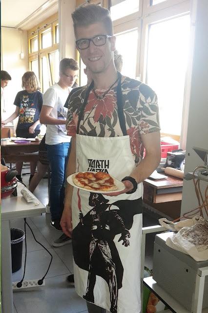 Projekt: Römische Küche Projektwoche Megina-Gymnasium Mayen 2016, Foto: Projektwochenzeitung