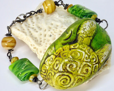 Turtle bracelet by BayMoonDesign
