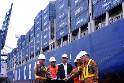 Lepas Ekspor ke AS Dengan Kapal Besar, Presiden Jokowi: Ini Menunjukkan Ekonomi Berjalan Baik - Info Presiden Jokowi Dan Pemerintah
