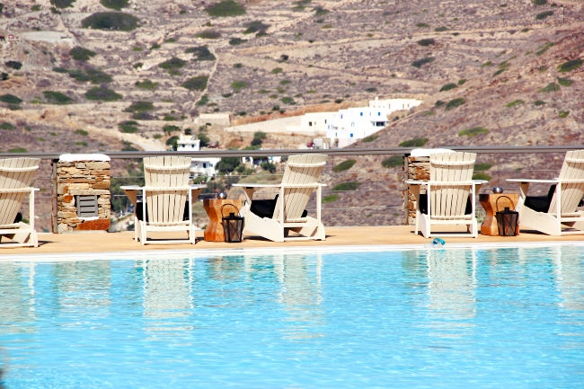 Where to stay in Ios island, hotels and suites