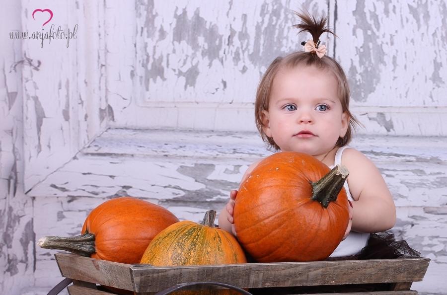 dziecko, fotograf Łomianki, fotografia dziecięca, fotografia dziecięca Łomianki, fotografia portretowa, fotografia Warszawa, portret, sesja, fotografia studyjna