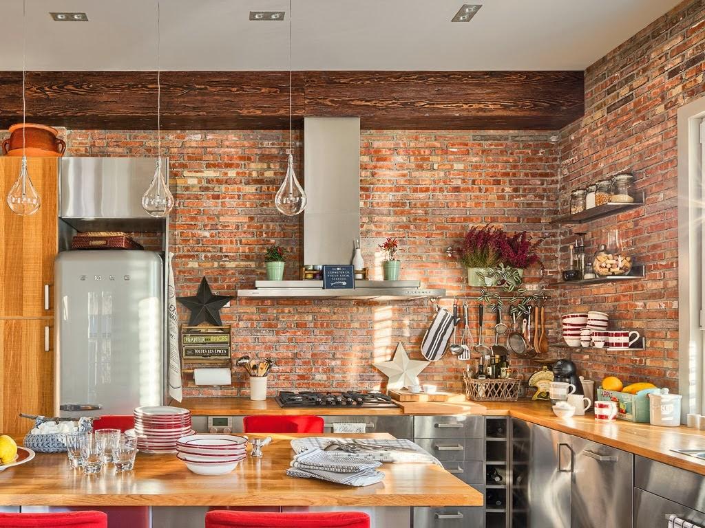 Mieszkanie z kuchnią w stylu loftu z ceglaną ścianą - wystrój wnętrz, wnętrza, urządzanie domu, dekoracje wnętrz, aranżacja wnętrz, inspiracje wnętrz,interior design , dom i wnętrze, aranżacja mieszkania, modne wnętrza, loft, styl loftowy, styl industrialny, małe mieszkanie, małe wnętrza, kawalerka, czerwona cegła, ściana z cegły, kuchnia