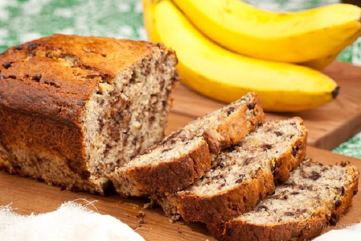 Healthy 5 ingredient flour less banana bread health guide 911 banana bread forumfinder Images