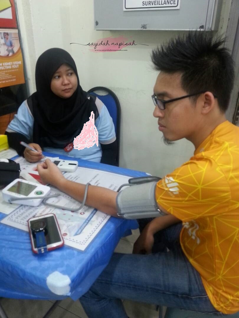 Check gula, blood pressure & tahap kolestrol. What's the result?