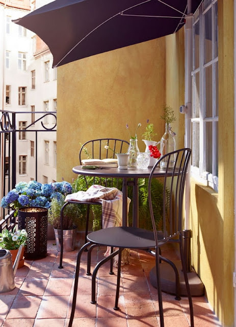 More Ideas For Decorating Balconies 7