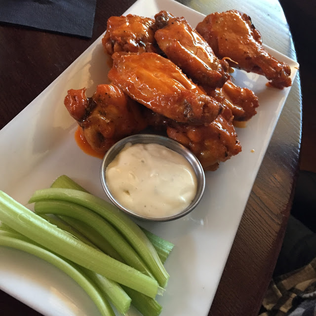 Hot wings at Bridges Restaurant on Kent Island Maryland