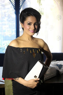 Actress Anita Hanandani Latest Poshoot for Via Bag Talk  0024.jpg