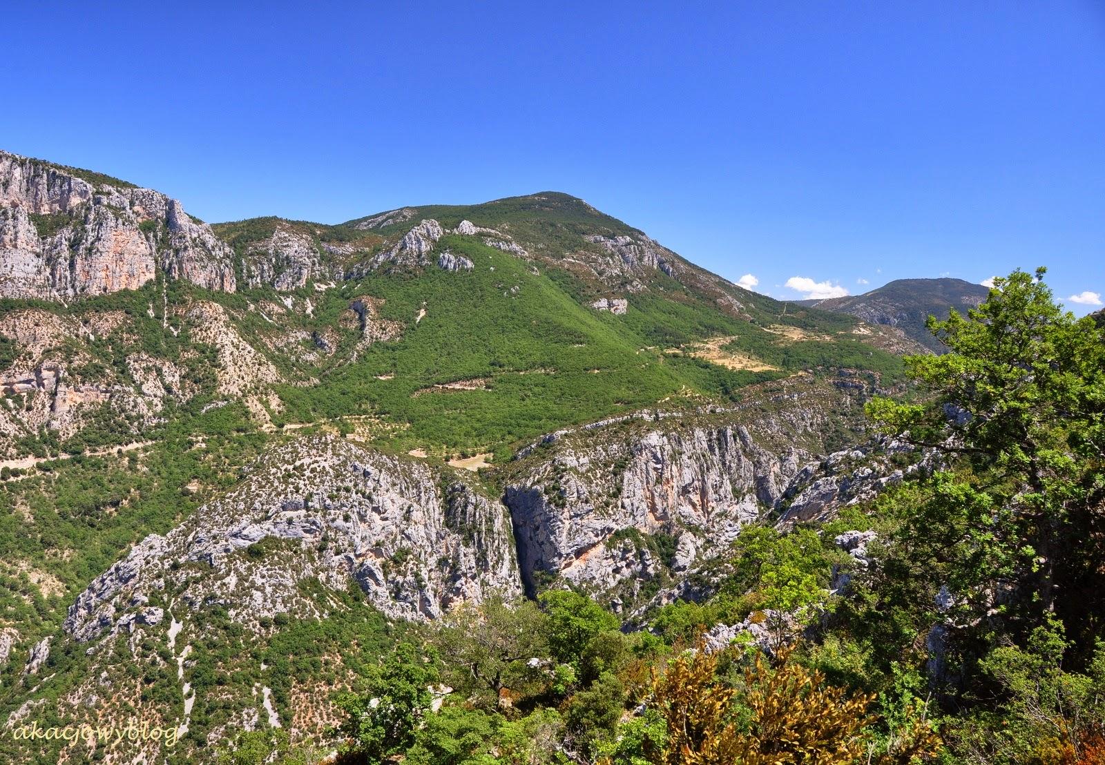 Kanion rzeki Verdon - największy i najpiękniejszy kanion w Europie.