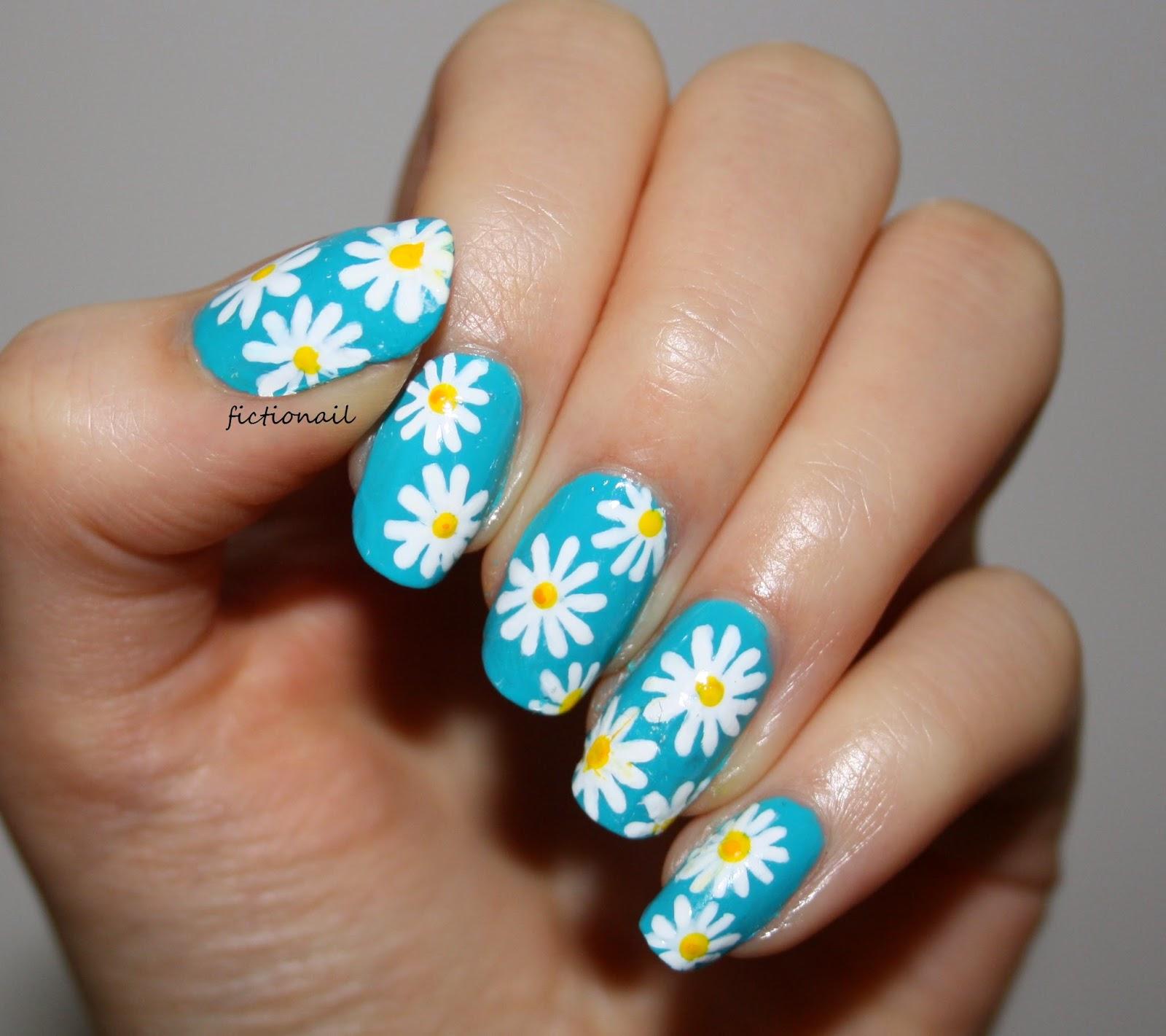 Nail Art: Daisy Nail