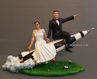 sposini torta nuziale razzo ingegneria missile cake topper divertente orme magiche