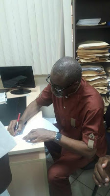 Sen. Abaribe Signed IPOD Leader, Nnamdi Kanu Bail Bond of N100m