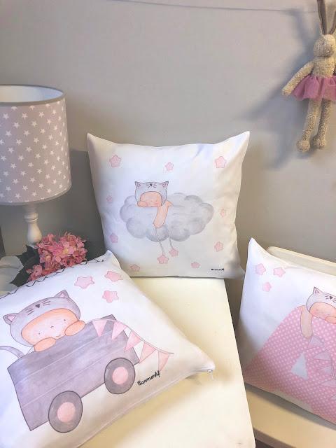 cojines infantiles para VUELTA AL COLE, COJINES para COLEGIOS Y GUARDERÍAS con nombre , nursery cushions