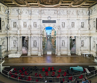 Scamozzi's stage set at the Teatro Olimpico in Vicenza