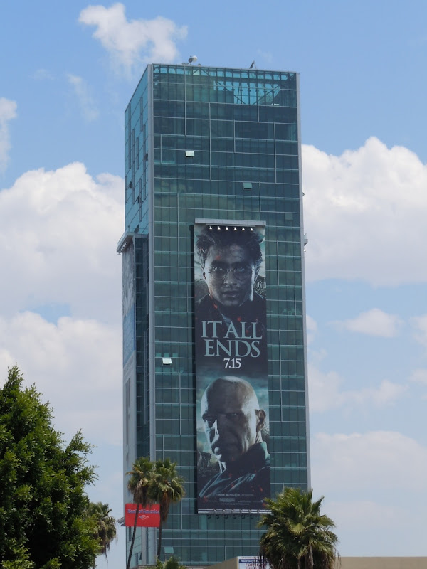 Harry Potter Voldemort billboard