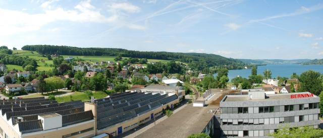 Blick auf das Bernina Werk in der Schweiz - ein Interview von Frühstück bei emma