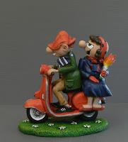 idea regalo coppia modellino personalizzato marito e moglie fumetto orme magiche