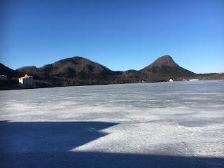 凍った榛名湖