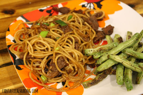 Garlic Beef Noodle Bowls #recipe #beef #pasta #maindish