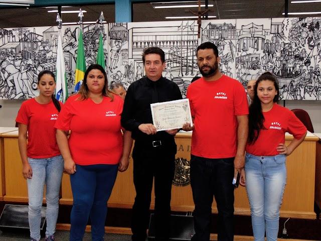 Vereador homenageia Natal Solidário por 10 anos de trabalho com a comunidade Cristina II