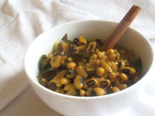 black-eyed peas with coconut milk