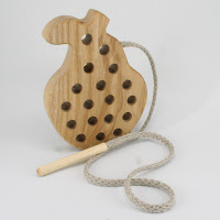 TT03, Threading Pear, Lotes Wooden Toys