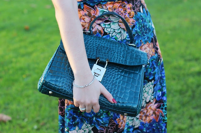 Teal croc leather handbag - London fashion blog