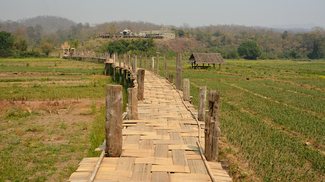 Su Tong Pae bamboo Bridge