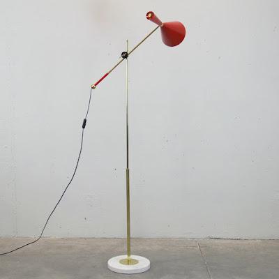 Lámpara de pie diseño de Lola Galanes para Odalisca Madrid