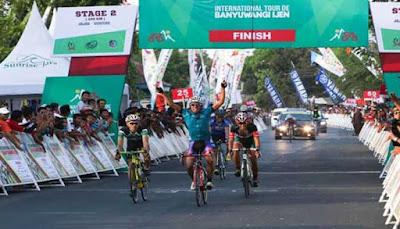 Balap Sepeda International Tour De Banyuwangi Ijen