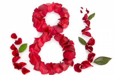 Flori de 8 Martie de la iFlori