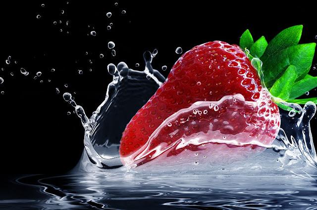 Buah Stroberi - Bahan Alami Memutihkan Gigi