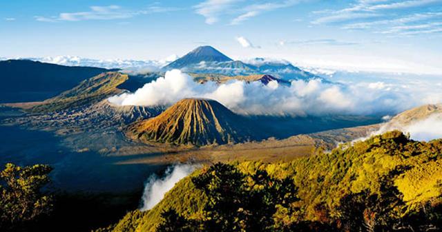 Keindahan Gunung Paling Menakjubkan di Dunia
