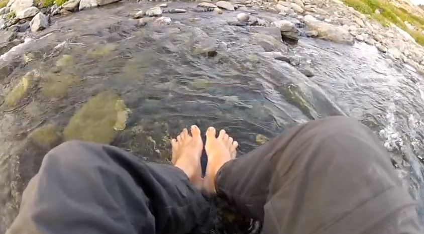 soak feet backpacking