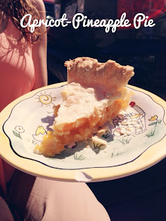 Apricot Pineapple Pie Recipe by Colorado lifestyle blogger Eat Pray Wear Love