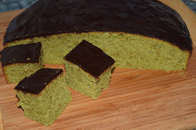 Zielone ciasto z japońską herbatą