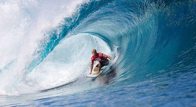 Su Sporları Dendiği Zaman Akla İlk Gelen Spor Dalları - Dalga Sörfü - Kurgu Gücü