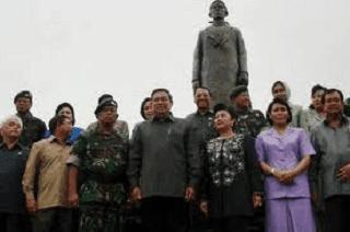 Presiden RI SBY saat peresmian monumen Jendral Soedirman