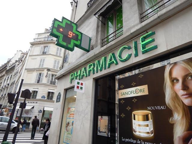 Comprar maquiagem em farmácias de Paris: Pharmacie