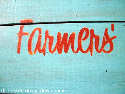 crate, makeover, quickie project, stencil, Americana Decor Chalky Finish paint