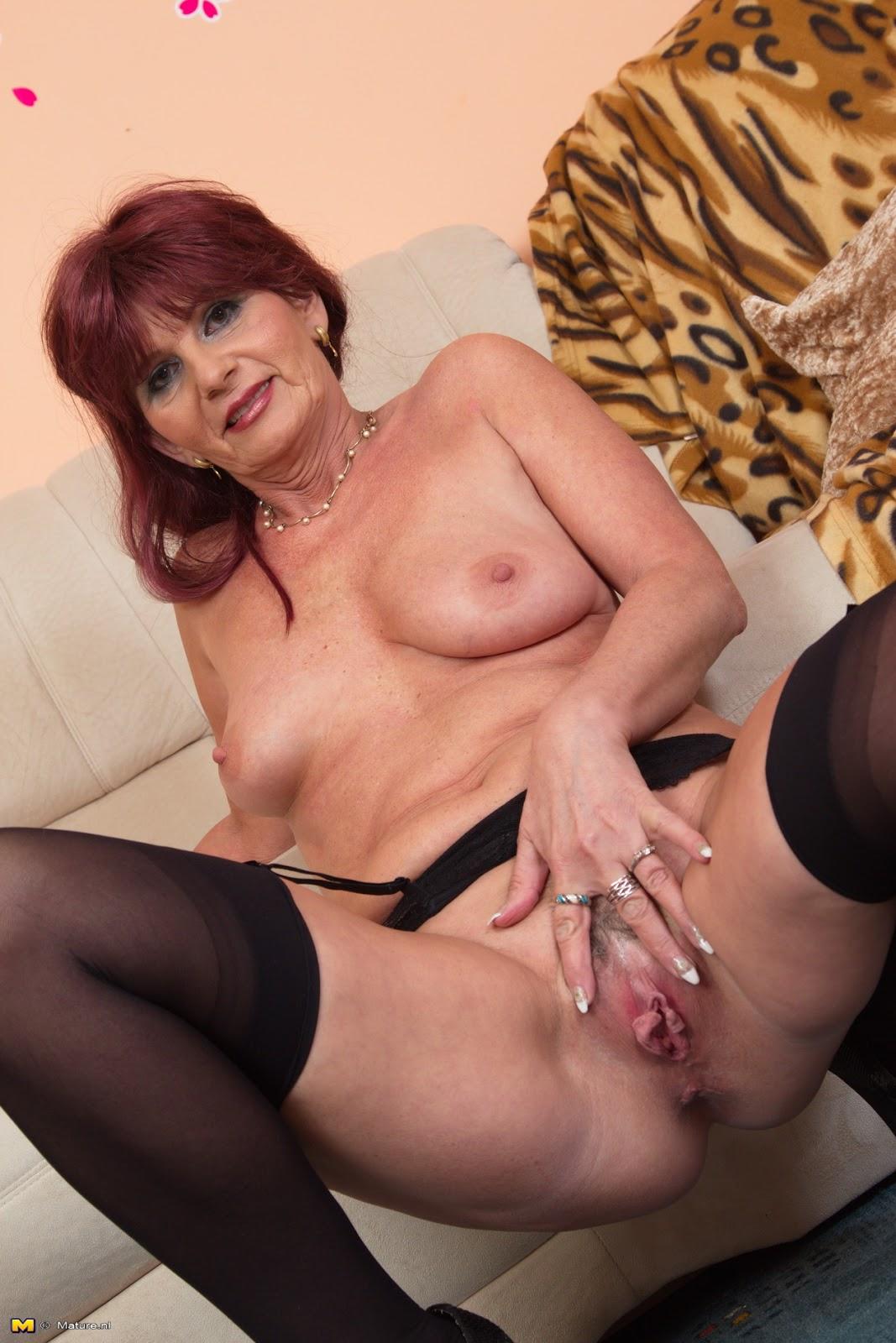 Sexy milfs anal