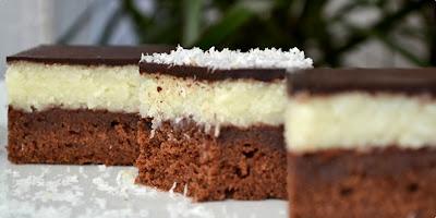 fantastican kolač sa nadjevom od kokosa