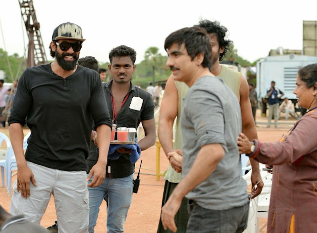 raviteja on the sets of baahubali