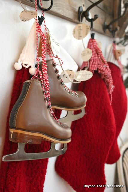 ice skates, farmhouse decor, stockings, thrift store, https://goo.gl/xpejCP