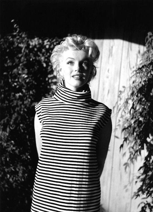 Morningstar Pinup Marilyn Monroe Casual Knit Wear Stripe