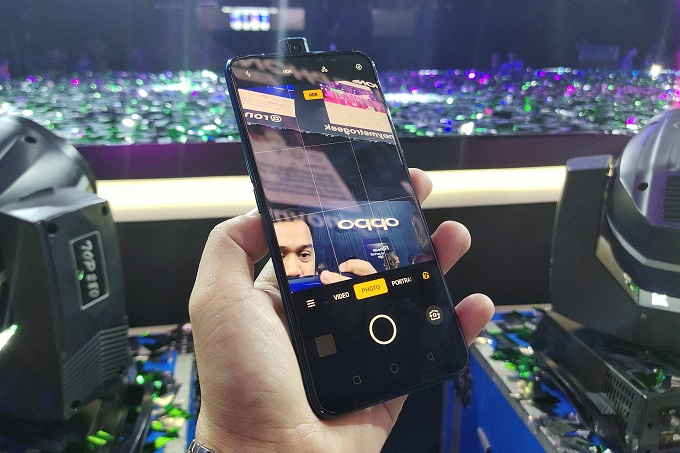 OPPO F11 Pro Philippines - Pop Up camera