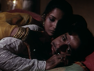 Shabana Azmi as Firdaus (Javed Khan's wife) in Junoon, Shashi Kapoor as Javed Khan, Directed by Shyam Benegal